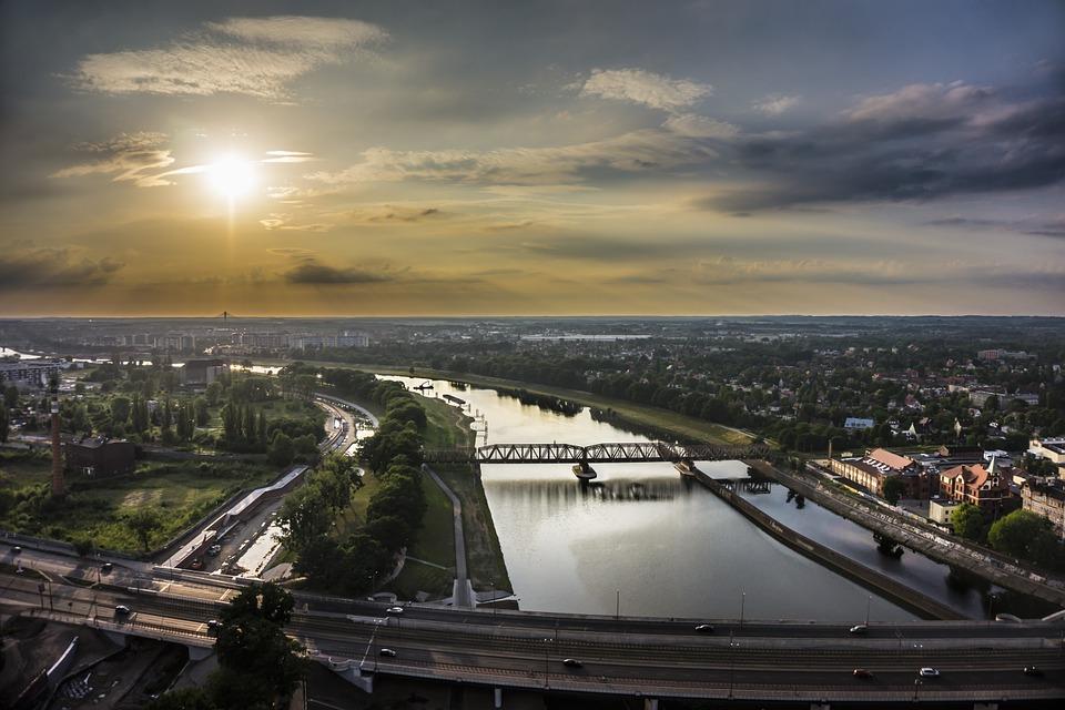 widok na Odrę we Wrocławiu
