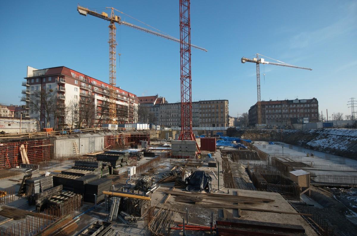 budowa bloku we Wrocławiu