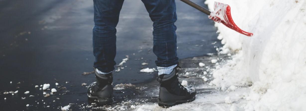 Praktyczne kurtki robocze zimowe dla wymagających